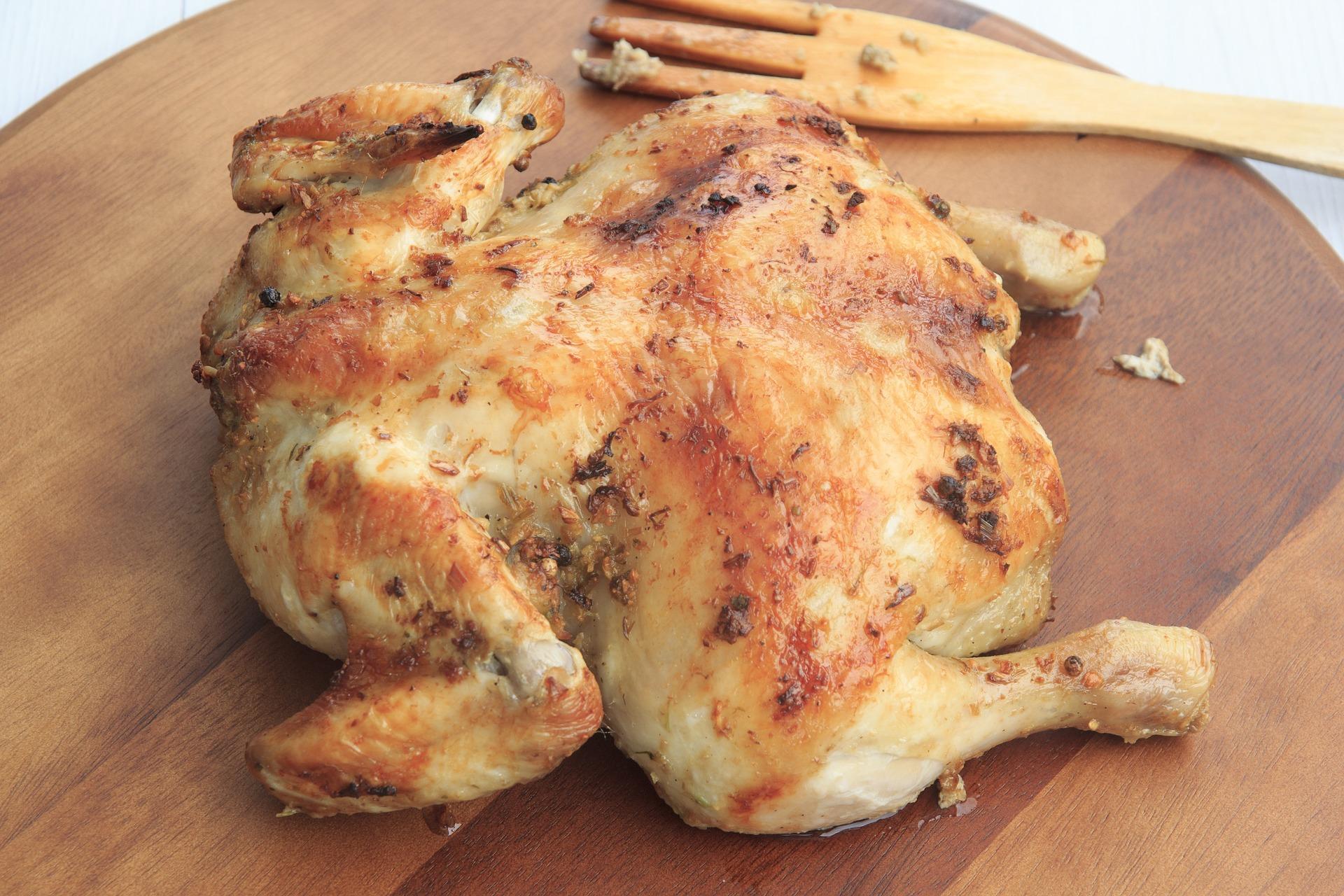 chicken-1199243_1920